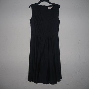 Black sleeveless lined dress